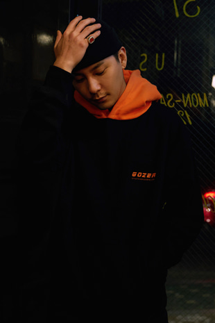 PARSONS HOOD_ORANGE & BLACK